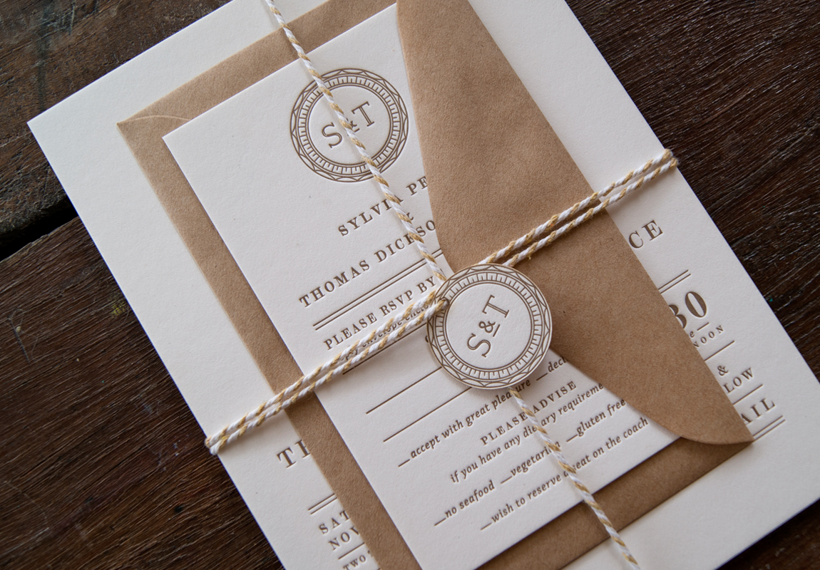 RylanceWedding-Vintage-Mongram-swingtag-letterpressinvitation